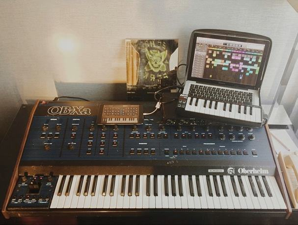 gary-numan-live-rig