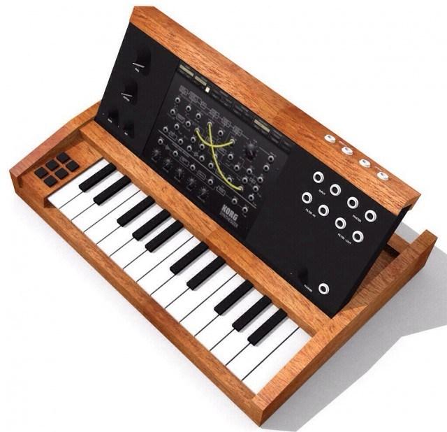 minimoog-ipad-controller-e1387461789368-640x618