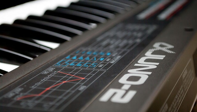 roland-alpha-juno-2-synthesizer-e1441319951223-640x363