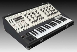 tom-oberheim-two-voice-pro-synthesizer