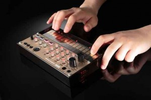 volca-keys-action